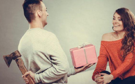 Kadınlara Alınmaması Gereken Yılbaşı Hediyeleri